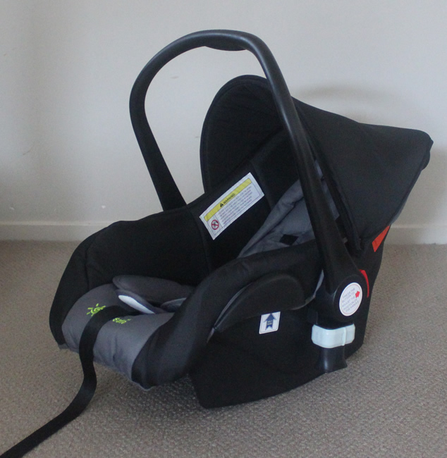 Baby Capsule fit New Born Baby upto 13kg (fitted onto Pram)